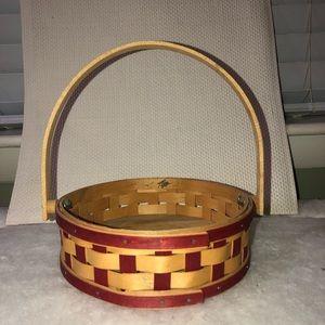 Longaberger 2006 small red detailed basket